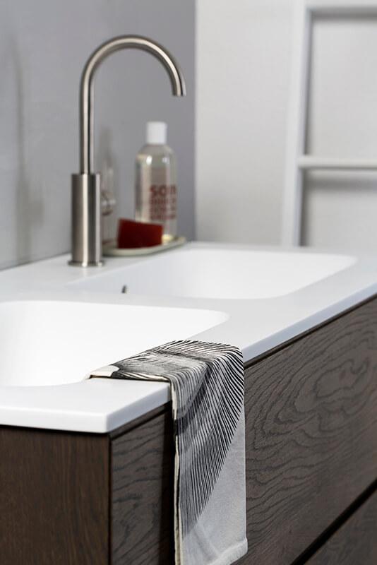 Badkamermeubel met dubbele lavabo